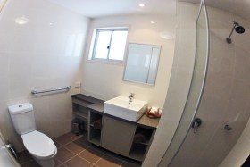 acc-Bathroom280